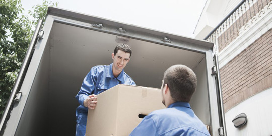 movers-unloading
