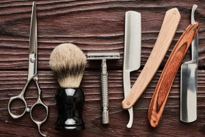 Nice looking shaving kit - how to pack your bathroom